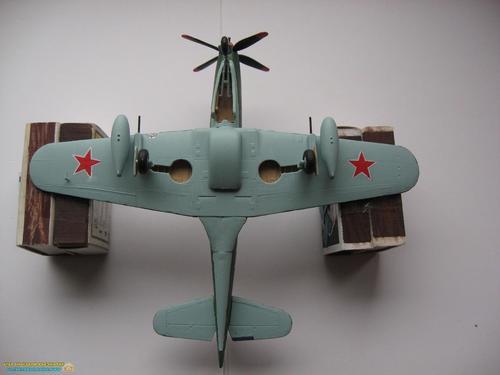 model-samoleta-04