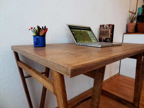 Фанерный стол для работы