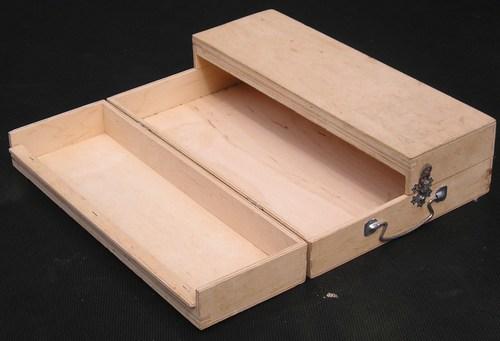 Компактный ящик для инструментов